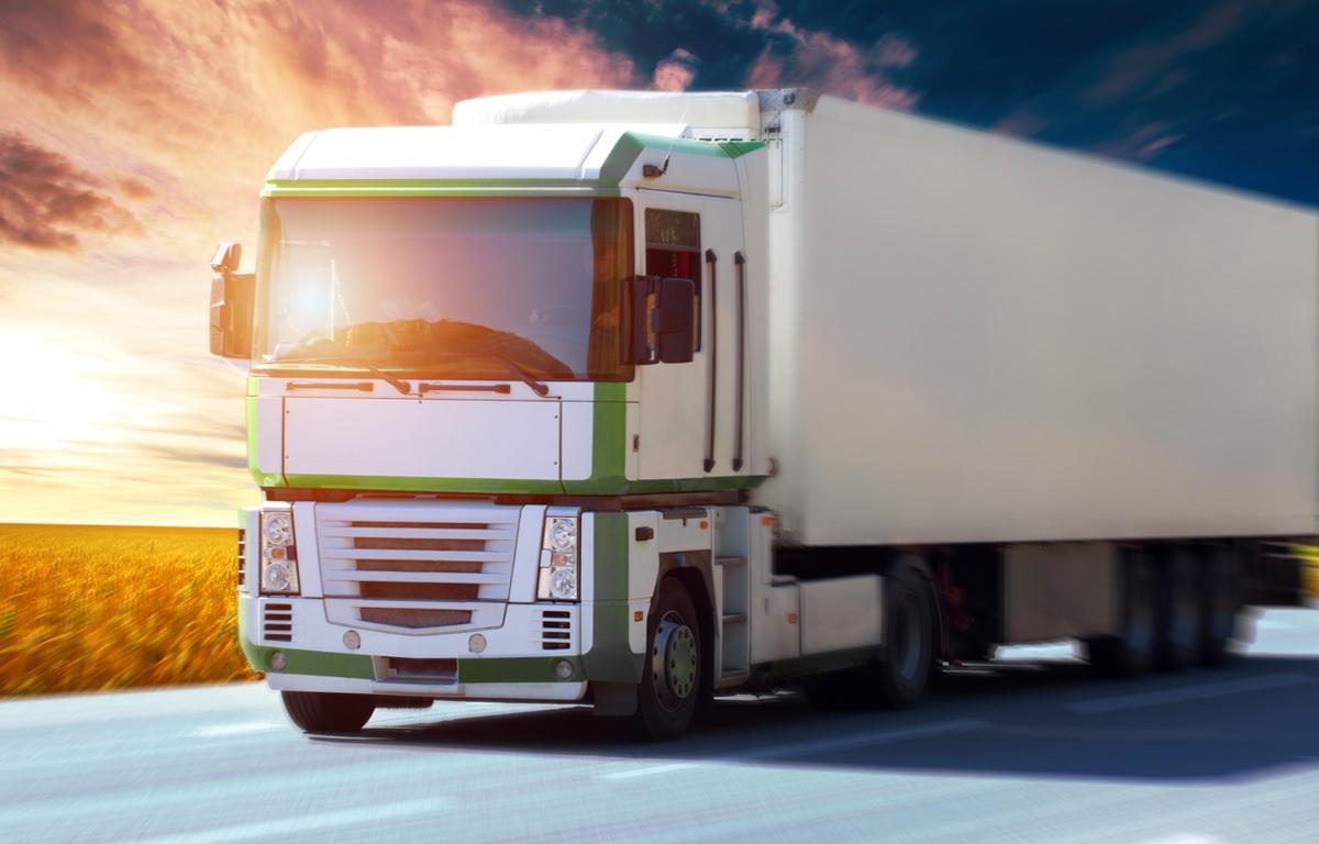 すぐに過積載防止対策を!トラック過積載一斉取り締まり開始!