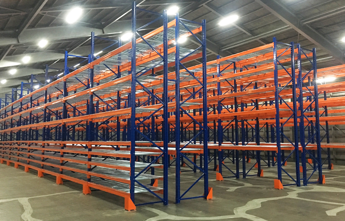 【ラックの選び方】物流倉庫に適したラックの種類や仕様をご紹介