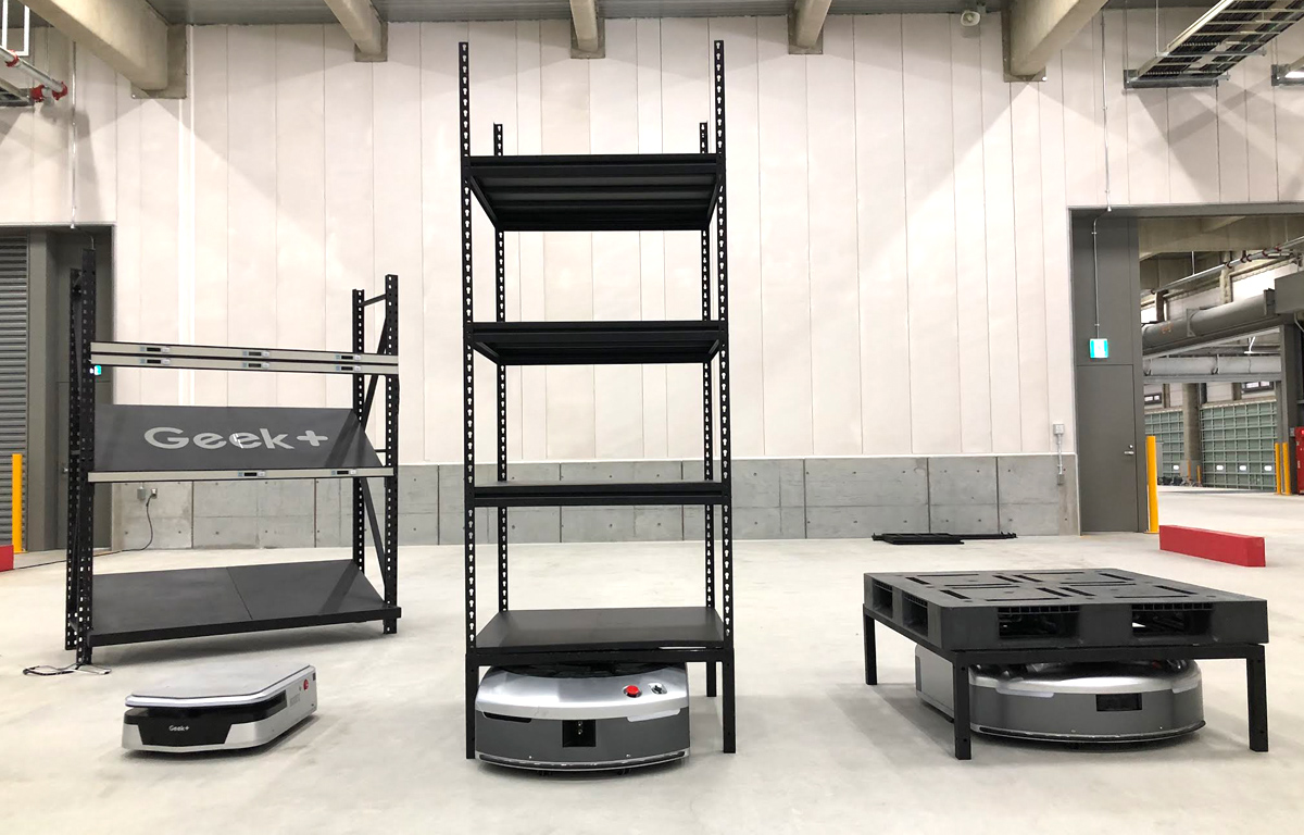 物流ロボット内覧会にてGeek+ EVEの説明をしました