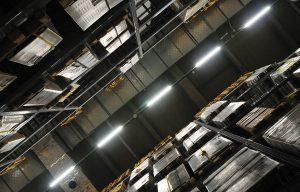 高効率物流を実現するAS/RS(立体自動倉庫)自動倉庫システムとは
