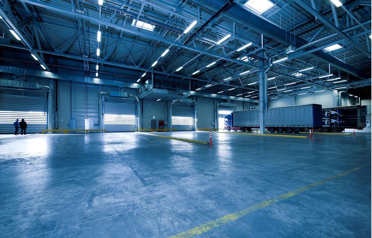 自動倉庫の業種別カスタマイズ事例