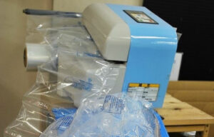CO2削減バイオマス エアー緩衝材・製造機